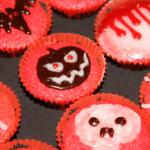 Spooky Halloween mini-cupcakes (dairy free)