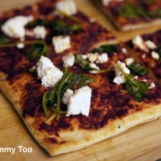 Veggie tandoori treats (Part 1): naan tandoori 'pizza'