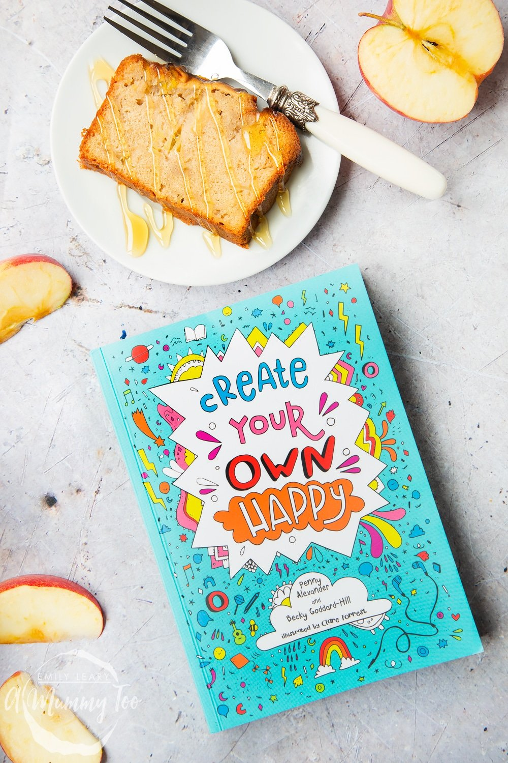 This apple, cinnamon and honey cake recipe was inspired by the Create Your Own Happy book