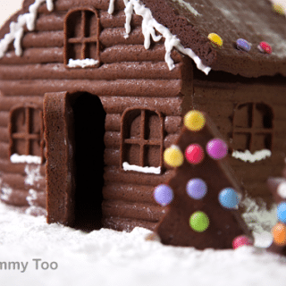 How to make an easy, super-detailed gingerbread house