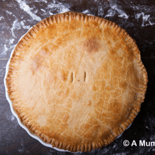 Cheesy lentil pie with cornmeal pastry (vegetarian recipe)