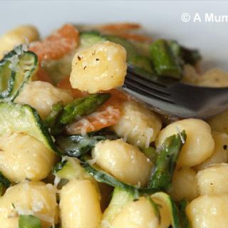 Garlic vegetable gnocchi (recipe)