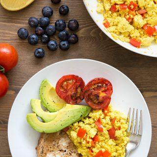 Vegan scrambled eggs, made with tofu