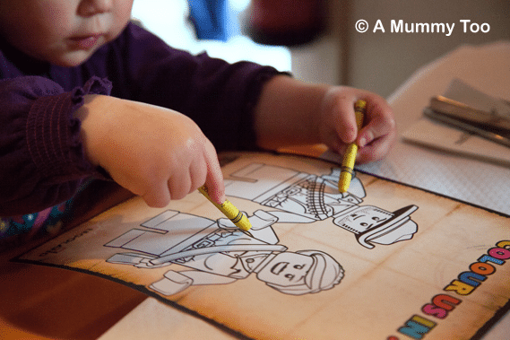 Colouring-fun-at-LEGOLAND-Brick's-restaurant