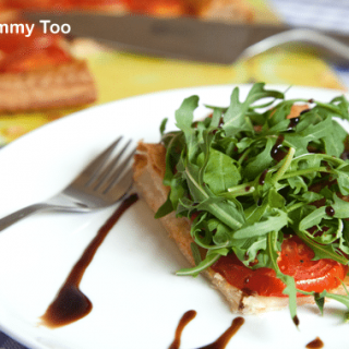 Vegan tomato and rocket puff pastry tart + #recipeoftheweek 15 Jun