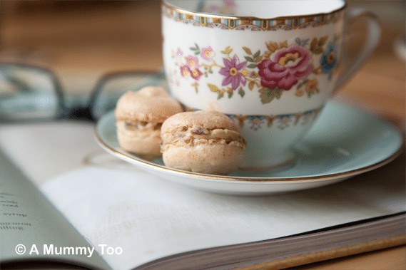 Fennel-Macarons-with-Fresh-Mint-Date-Ganache-Recipe