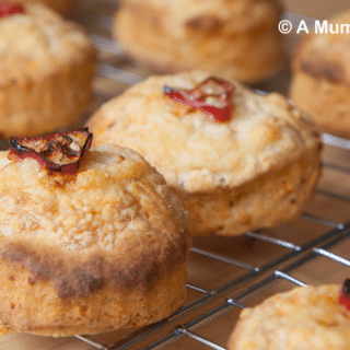 Chilli cheese savoury scones (recipe)