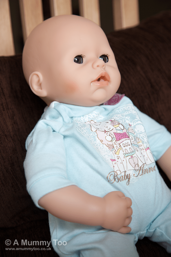We test out the crying, drinking Baby Annabell Brother ...