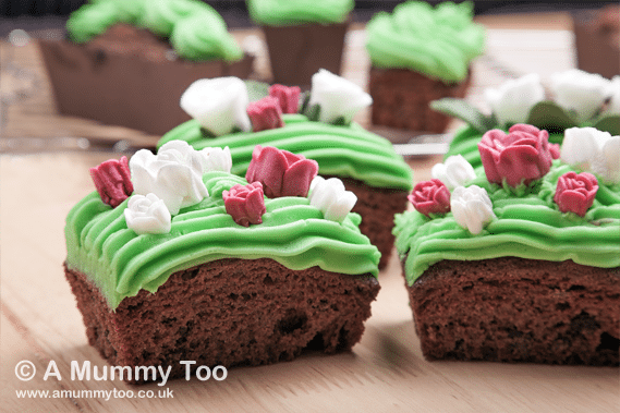 Window box cupcakes