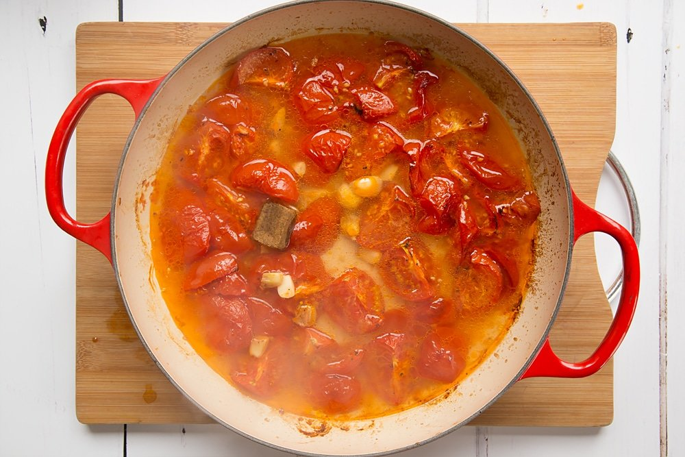 Add boiling water and a stock cube to make this roasted tomato and garlic soup