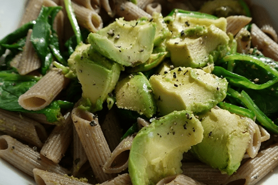 spelt-pasta-with-spinach-and-avocado
