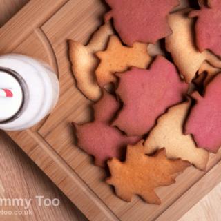 Ginger, raspberry and orange cinnamon Autumn (fall) leaf cookies