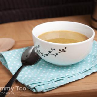 Broccoli, sweet potato and courgette virtually fat-free soup (recipe)