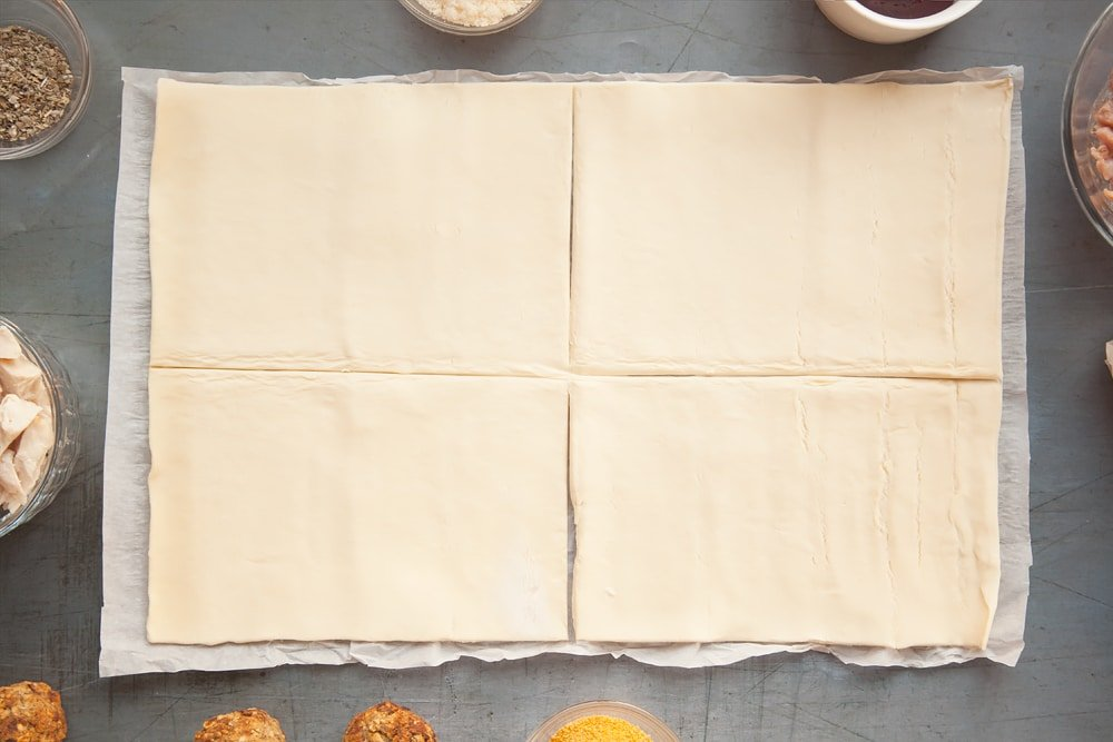 Divide your pastry sheet into four