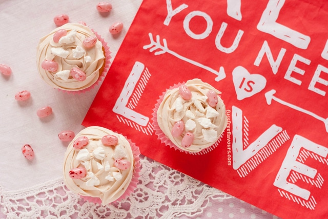 Jelly-Belly-Eton-Mess-Valentines-Day-Cupcakes-Captioned