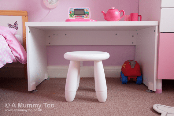 STUVA bench, set at the perfect height for a toddler desk and teamed with a white MAMMUT stool, made of hollow plastic so it's lightweight and easy to move around or tuck away