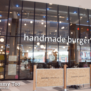 A family dinner at Handmade Burger Company in London Designer Outlet (review)