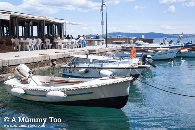 Porto-Santo-Stefano-Emily-Leary-amummytoo---trattoria-side-view
