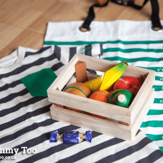 Almondella gift boxes – baby boxes with a surprise selection of care products, toys & clothing