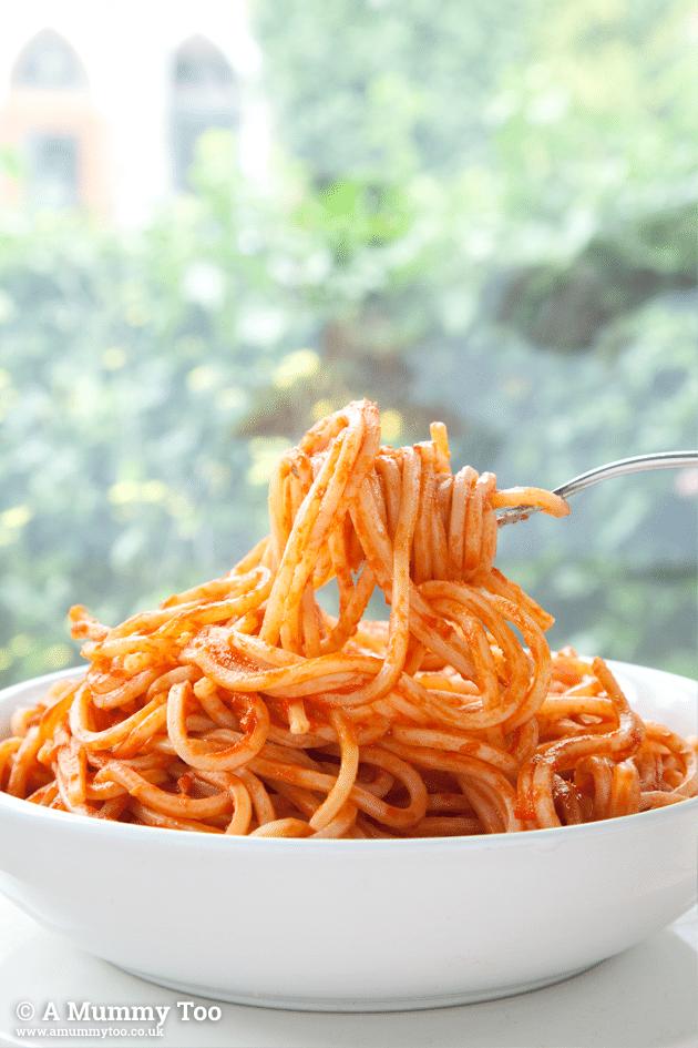 Spaghetti all'agliata, a spicy chilli and garlic spaghetti inspired by my trip to Italy