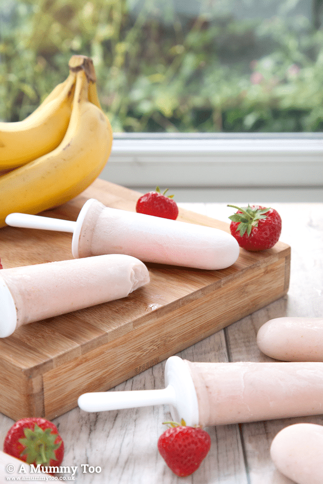 Strawberry and Banana Smoothie Ice Lollies (no added sugar or other nasties)