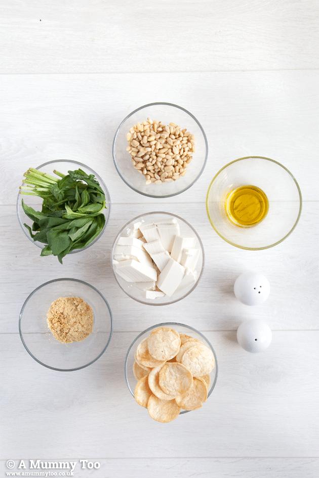 Ingredients for vegan creamy pesto dip (recipe)