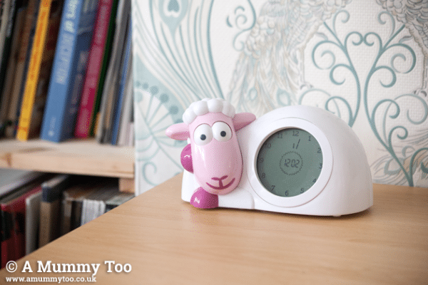 Sleep training alarm clock