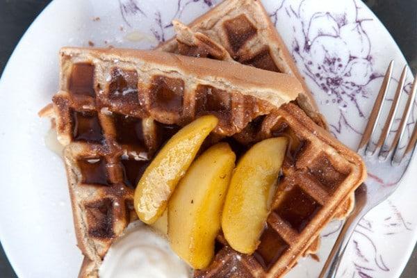 cinnamon-waffles-apples