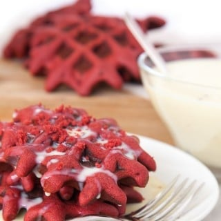 Red velvet waffles (recipe)