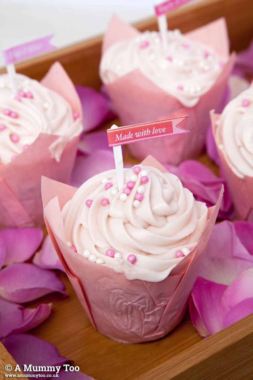 Free printable cupcake toppers for Valentine's Day