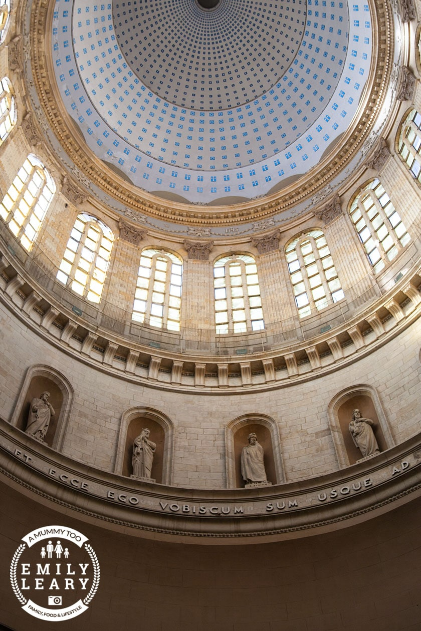 inside-dome-cathedral-boulogne