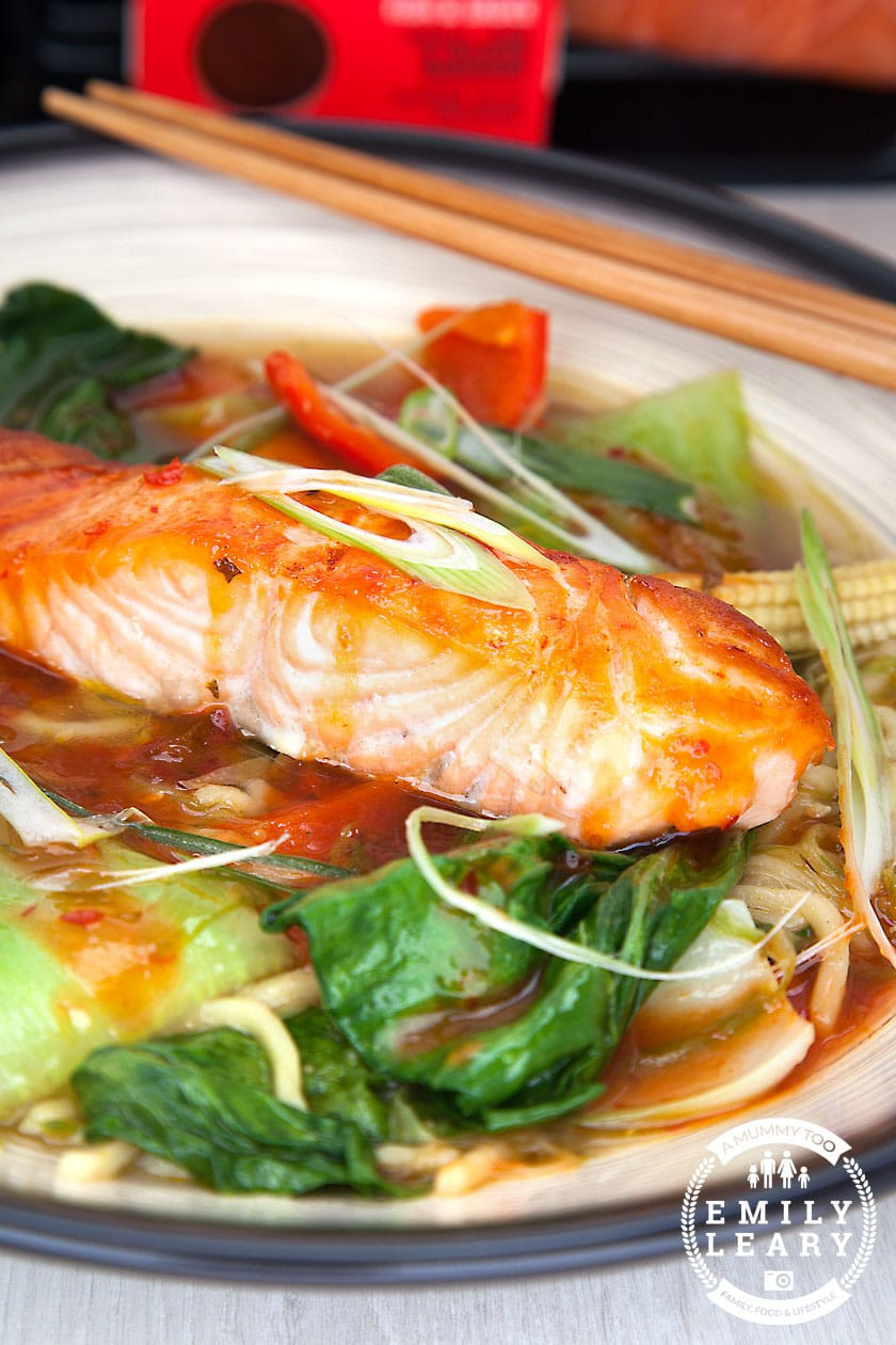 Spicy salmon noodle soup - ready in 20 minutes