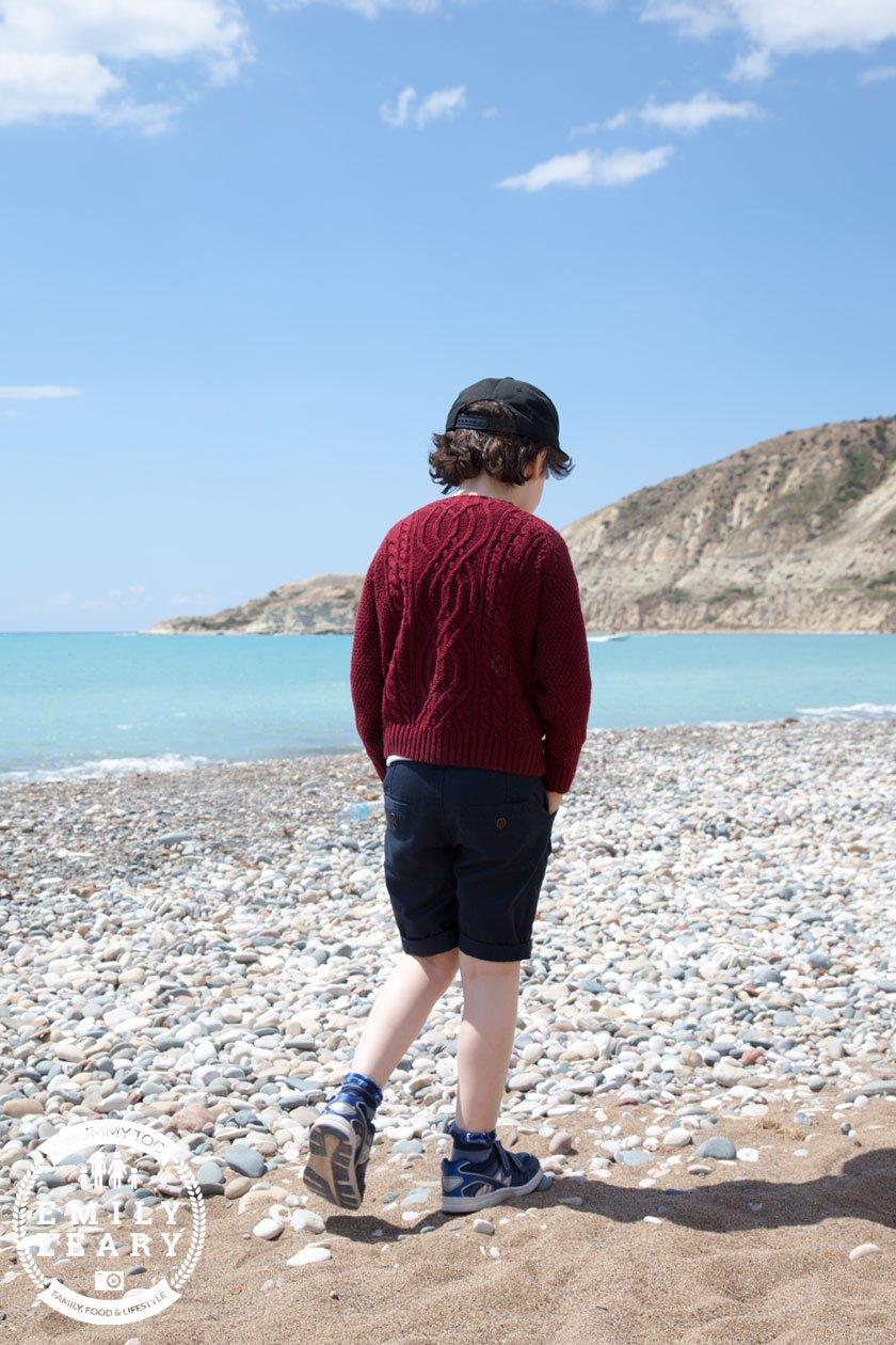 walking-on-pissouri-beach