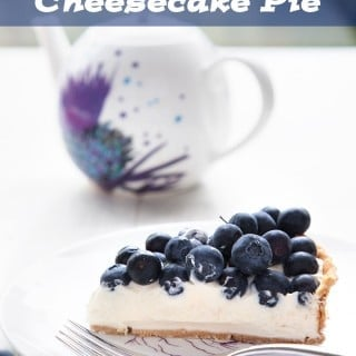 Blueberry cheesecake pie – easy, quick & delicious!