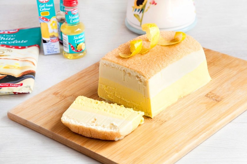 Grab a step by step guide to making this gorgeous layered limoncello cheesecake