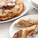 Gluten-free oaty crêpes with homemade chocolate hazelnut spread