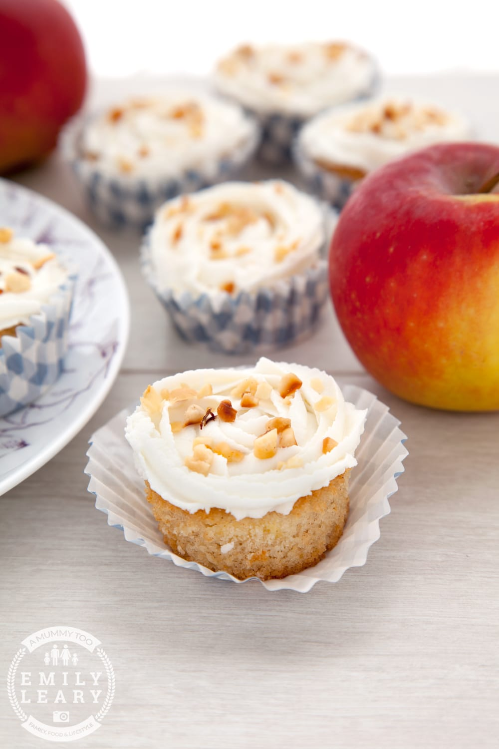 Gluten-free apple and cinnamon cupcakes with a goat's butter frosting - a delicious, light cupcake recipe