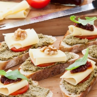 Swiss cheese and chutney breads