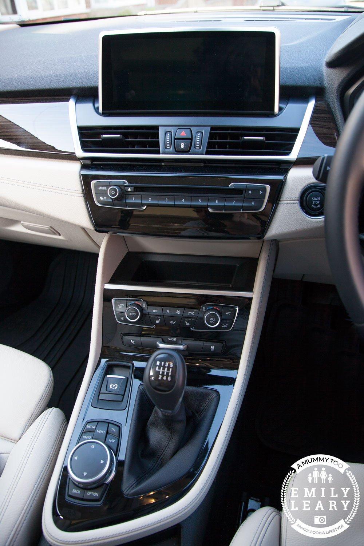 BMW-cenralpanel-web