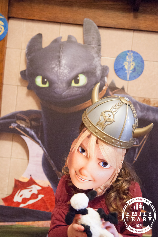 Dragons-MissJ-astrid