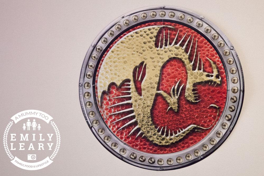 Dragons-decorations-2