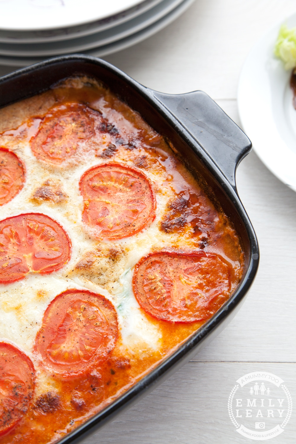 Tomato and courgette mozzarella bake - low carb, suitable for vegetarians and easy to make gluten free