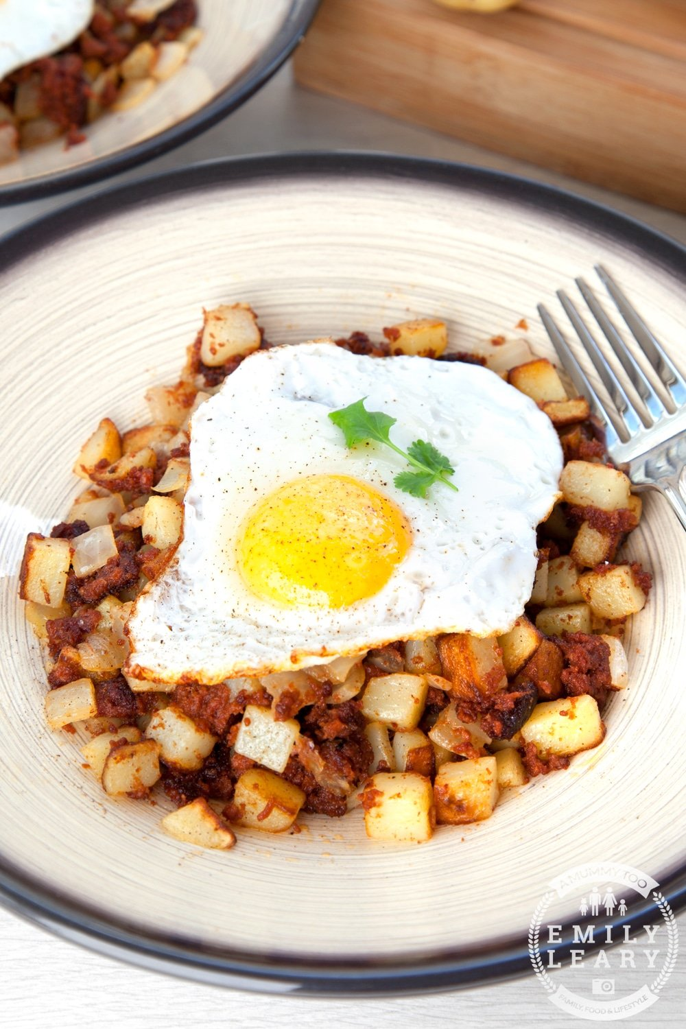 Corned beef hash is a classic, so why not spice up your lunchtime with this chilli version? It's easy to make and utterly delicious.