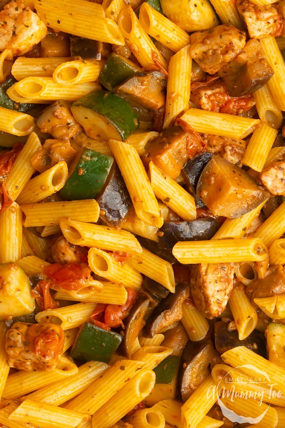 Close up of halloumi pasta with vegetables