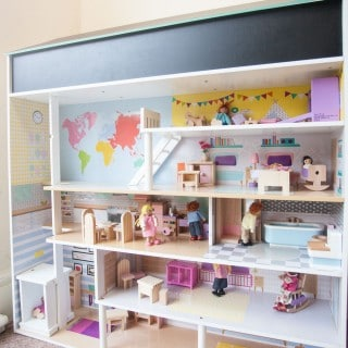 Plum's 2-in-1 play kitchen and dolls house (review + giveaway)