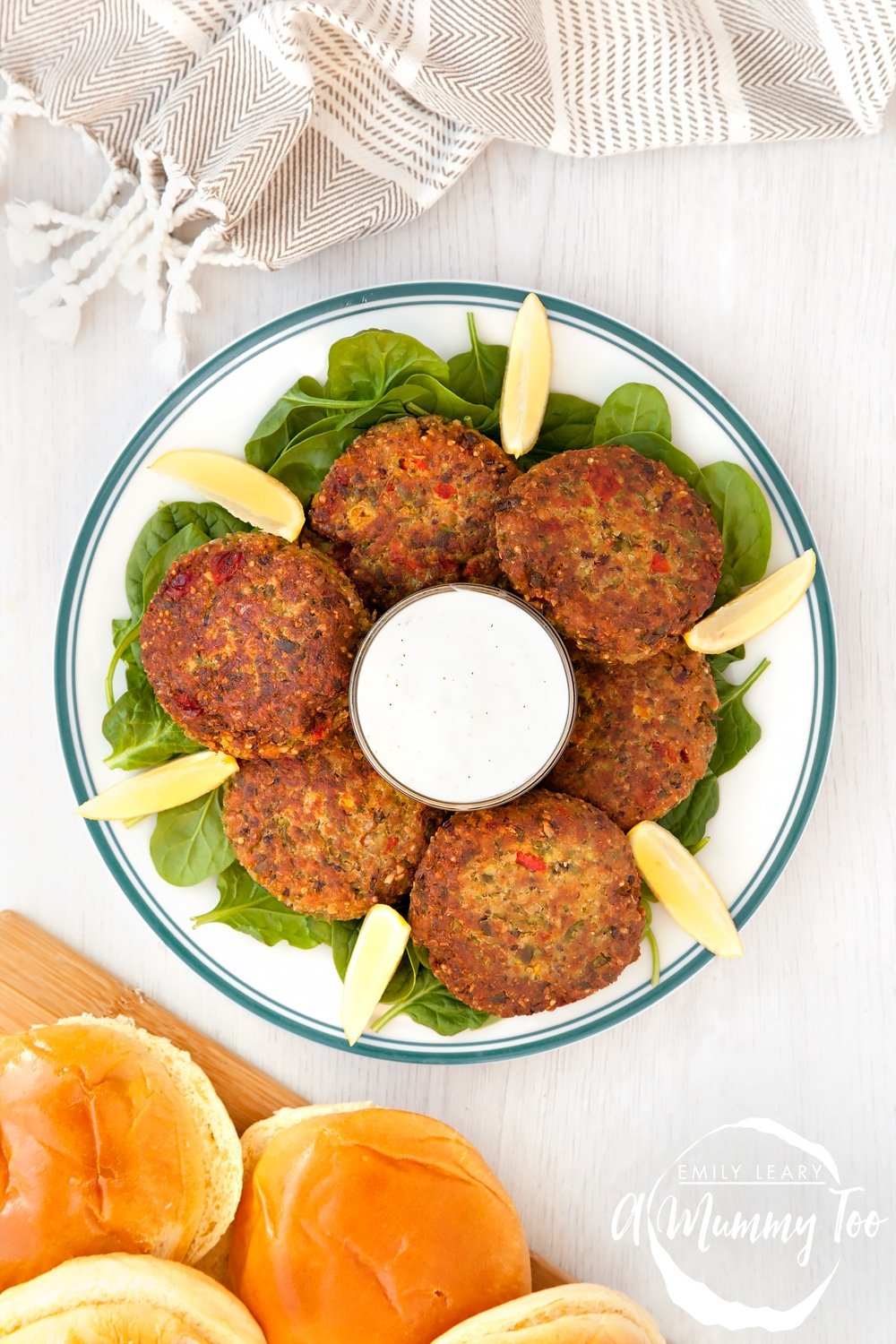 Protein-rich quinoa patties, packed with flavour and ready in minutes.