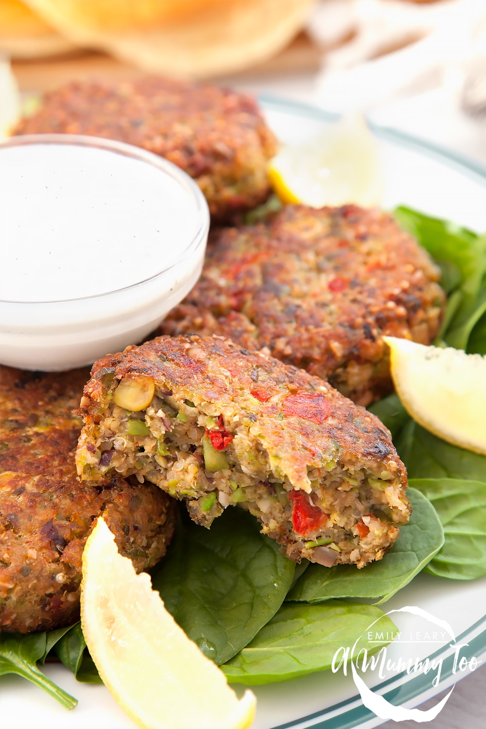 Protein-rich quinoa patties, packed with flavour and ready in minutes. Vegetarian, easy to make and delicious.