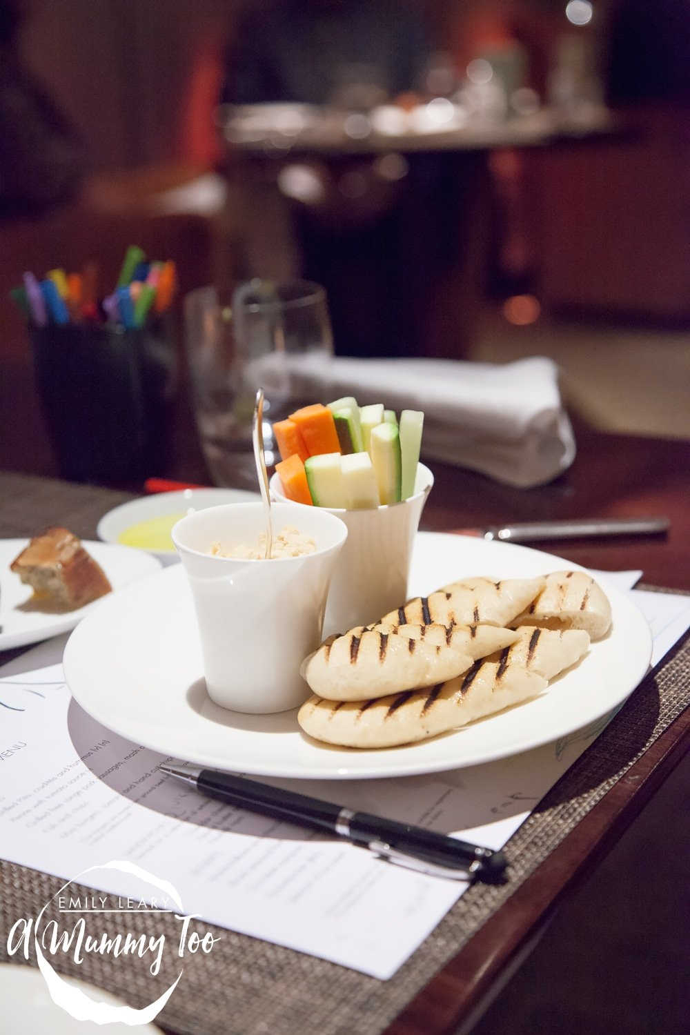 One-Aldwych-Indigo-Restaurant-houmous-bread-crudities
