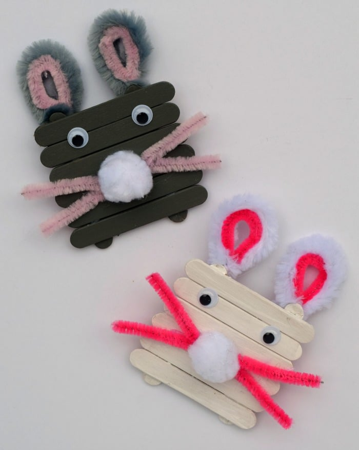 craft stick bunnies by it happens in a blink