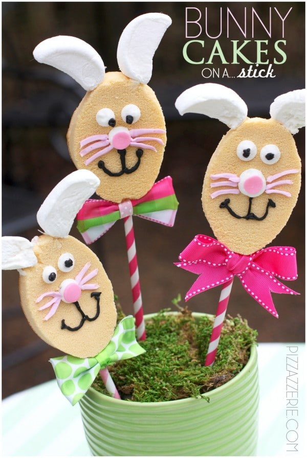 easter bunny cakes on a stick by pizzazzerie